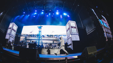 Rap superstar Eminem packed out the MCG on Sunday.