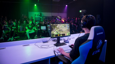 Sheldon Barrow, who would go on to win the tournament at IEM, plays in an earlier round of the StarCraft II Oceania qualifier.