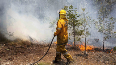 A bushfire is currently threatening the Redbank area (file image).