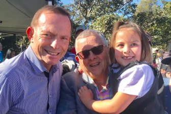 Lambert and granddaughter Katelyn with former PM Tony Abbott.