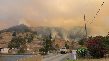 Fires continue to rage in the Gold Coast hinterland.