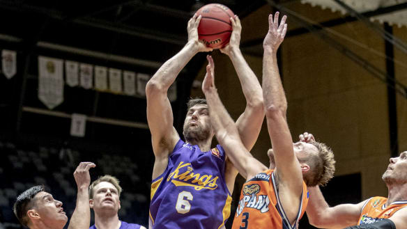 Sydney Kings ride bench to dogged win over Cairns