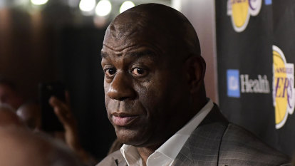 Magic Johnson abruptly resigns as Los Angeles Lakers president