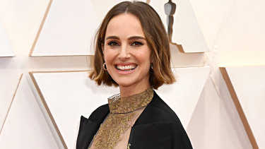 Natalie Portman, pictured at the Oscars, has been making salad on Instagram.