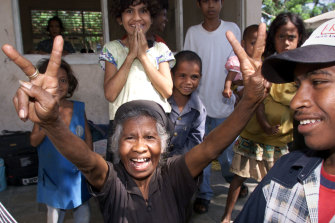 An ecstatic reaction to the result of East Timor's referendum in which 78% of voters favoured independence.