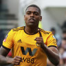 FA Cup: Cavaleiro's finishing touch put Wolves through to last eight