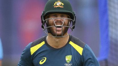 Showers threaten Australia's World Cup semi-final