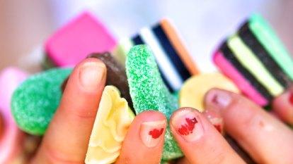 Rotting teeth and fatty organs turn Australians sour on sugar