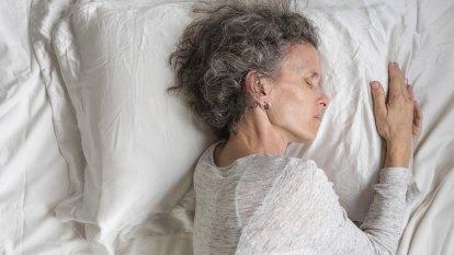 Silk pillowcases claim to improve sleep, skin, hair. But do they work?