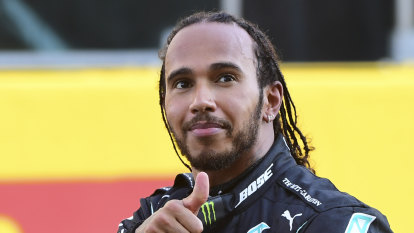 Hamilton holds his nerve to win action-packed Tuscan Grand Prix