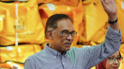Anwar victory in Port Dickson sets up political hand over - but when?