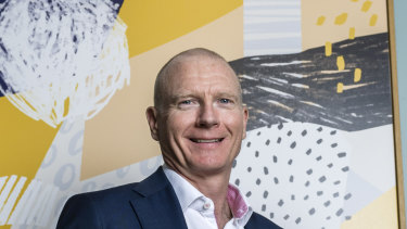 Cochlear chief executive Dig Howitt exercised more than 8.900 options earlier this month.