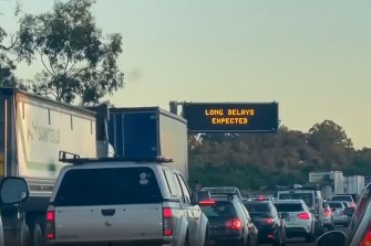 Motorists on the Pacific Motorway face lengthy delays after a crash heading northbound at Coomera.