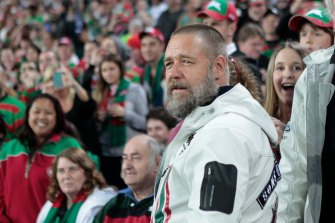 Russell Crowe watches Souths.