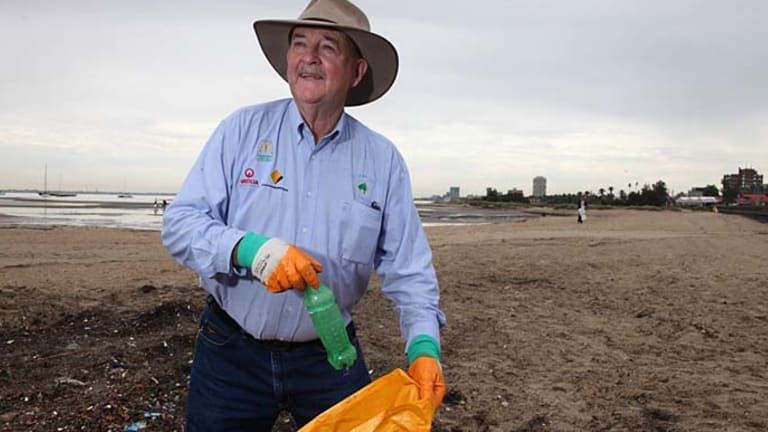 Founder of Clean Up Australia Day, Ian Kiernan, says it's great to see locals cleaning up their own communities.