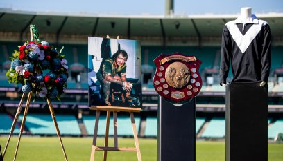 Tommy Raudonikis memorial as it happened: Rugby league legend honoured in service at SCG