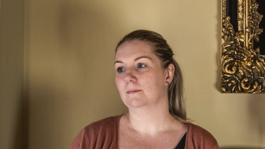 Hayley Olivares told the inquiry a cook had to look after the other patients while her mother bled to death in Gulgong.