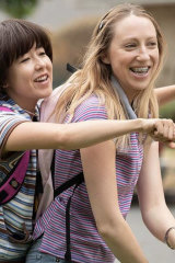 Maya Erskine and Anna Konkle are wholly believable as 13-year-old best friends in <i>Pen15</i>.
