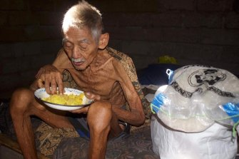 Kaki Nyoman had been eating plain rice and sambal for weeks by the time charity workers found him near Amed.