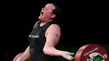 Laurel Hubbard of New Zealand injures herself during for the Women's +90kg Weightlifting Final on day five of the XXI Commonwealth Games, at the Gold Coast, Australia, Monday, April 9, 2018 . (AAP Image/Dean Lewins) NO ARCHIVING, EDITORIAL USE ONLY