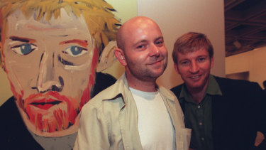 Adam Cullen with his Archibald Prize-winning portrait of David Wenham, and Wenham, in 2000.