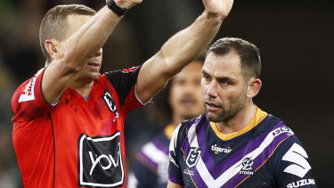 Cameron Smith is sent to the sin bin.