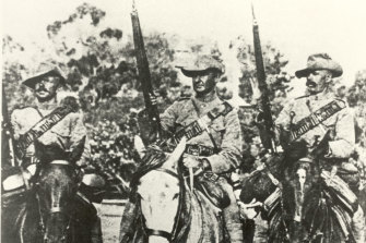 Breaker Morant (middle) during his time with the 2nd South Australian Rifles.