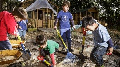 Best-paid Victorian kinder teachers to earn more than school teachers