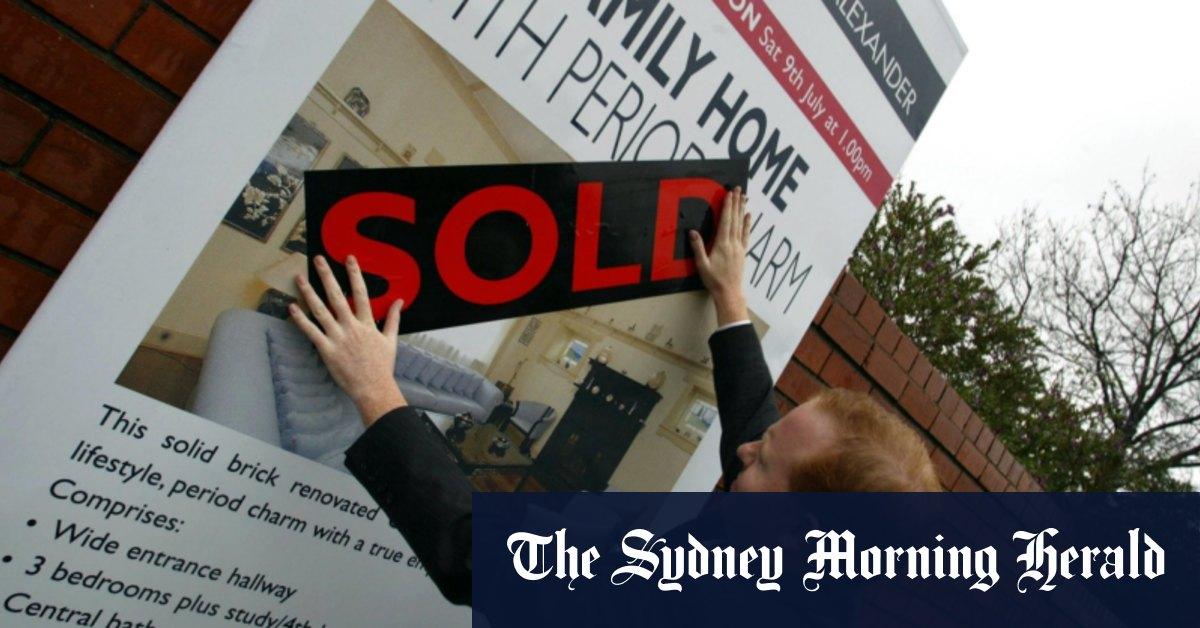 Soaring housing debt a financial risk: Reserve Bank