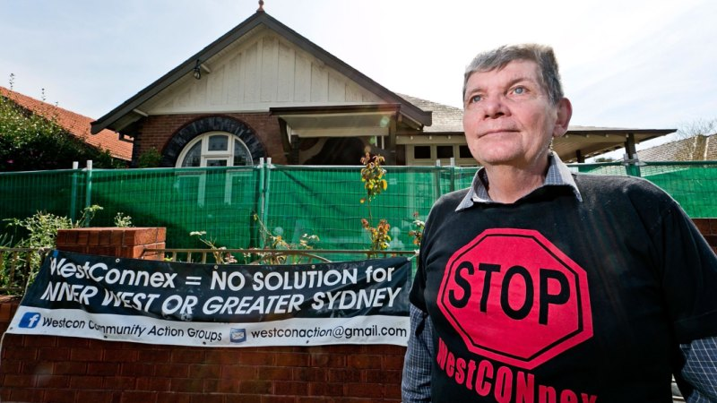 Fears for Sydney residents' health after WestConnex asbestos discovery