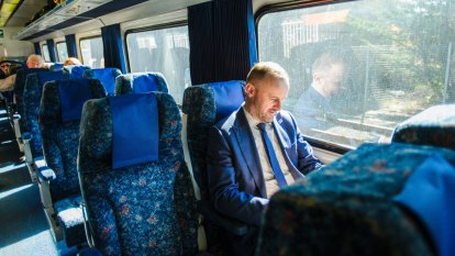 Faster journeys on Sydney-Canberra trains among 'priorities'