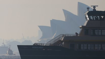 Southerly change to provide temporary relief from haze, fire risks