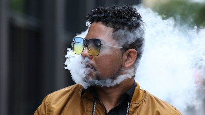 Health Minister gives into backbench pressure on vaping ban