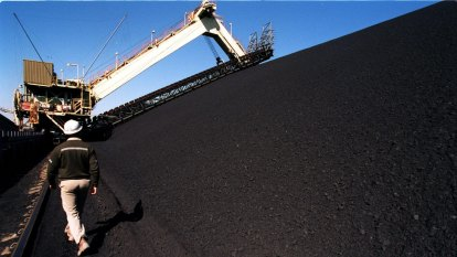 Mining sector pleads for Canberra to restore China trade 'stability'