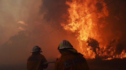 The verdict from bushfire experts: there's no sidestepping climate