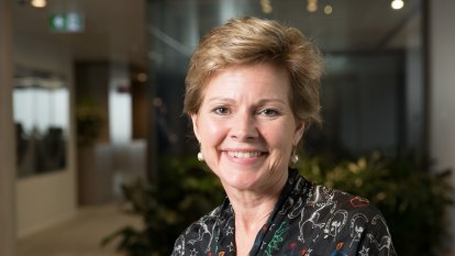 Westpac loses another top exec as Lyn Cobley retires