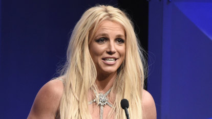 Britney Spears to tell LA court about her father's control of her life