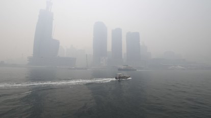 Air quality at five times hazardous levels in Sydney