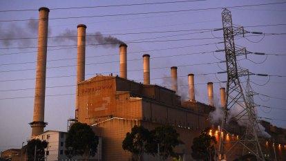 Superannuation giant abandons coal, backs new tech and renewables