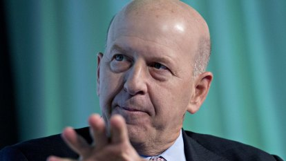 Goldman Sachs CEO faces pay hit after company pays $US3b to settle probe into 1MDB scandal