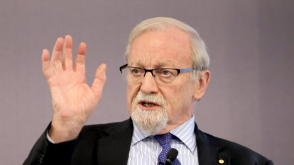 'Don't overreact': Gareth Evans warns against alarm about foreign interference on university campuses