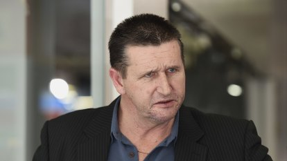 Top NSW CFMEU officials charged after allegedly accepting bribes from construction companies