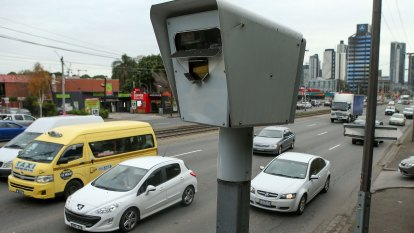 Police to warn drivers about speed cameras as pay fight escalates