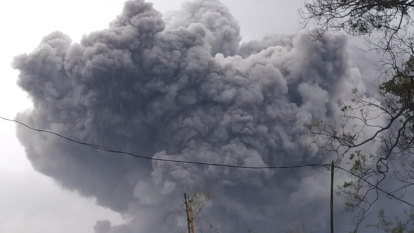 Volcano on Indonesia's Java island spews hot clouds
