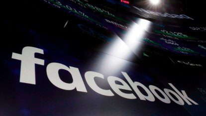 Facebook results soar ahead of an uncertain 2021; Zuckerberg takes aim at Apple