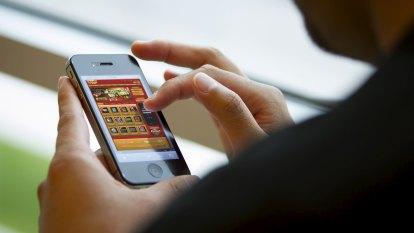 'Alarming' rise in online gambling has experts worried