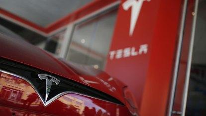 Tesla's market value crosses $US500 billion as meteoric rally continues