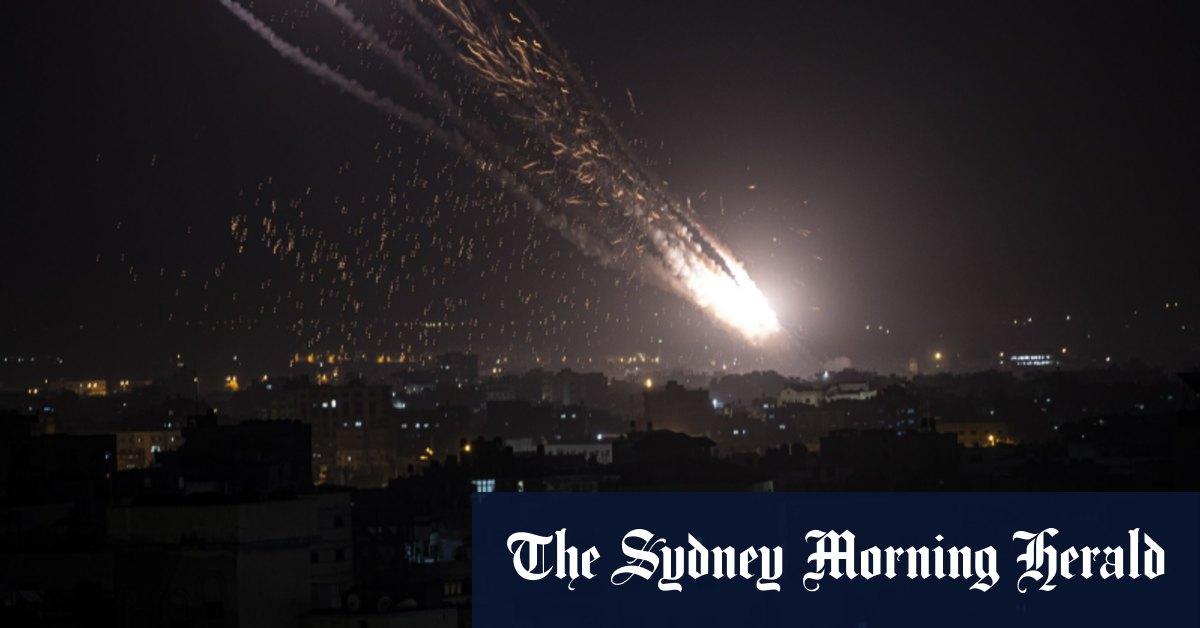 Israel, Palestinian militants on brink of war as rocket volleys shut airport