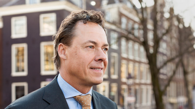 UBS set to name ING`s Hamers to succeed...