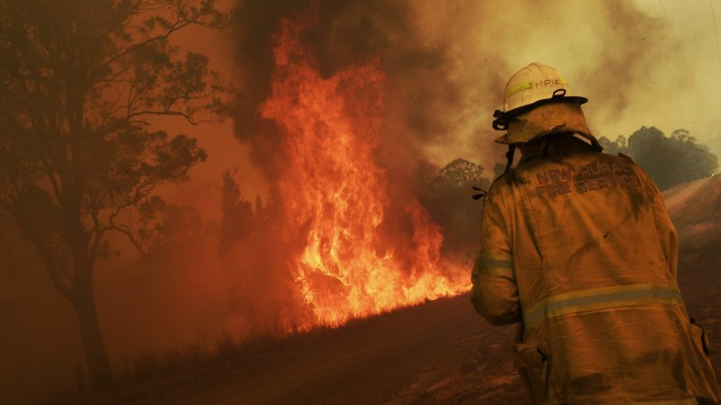 Another total fire ban day for Sydney as mercury climbs, winds shift - The Age